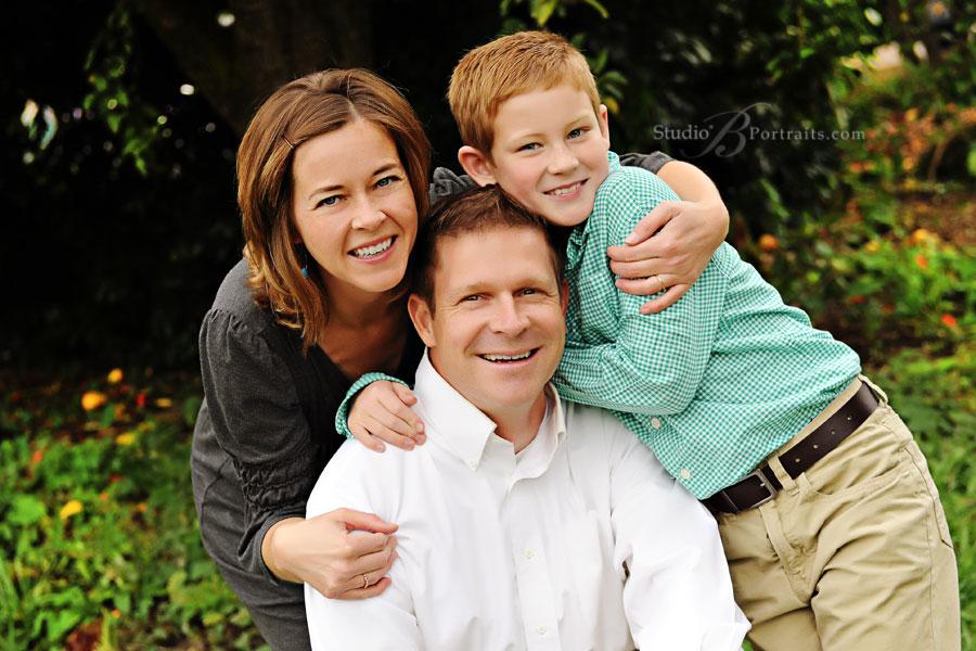 mom-dad-son-3.jpg.31810e71dad01648c30e83043345ebd6.jpg