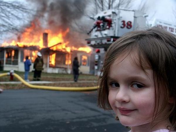 disaster-girl.jpg.c4d3ef43ee9ba7e80ce05cc74963b2a2.jpg