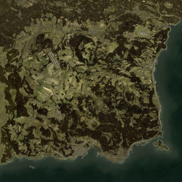 600px-ChernarusPlus_Satellite.jpg