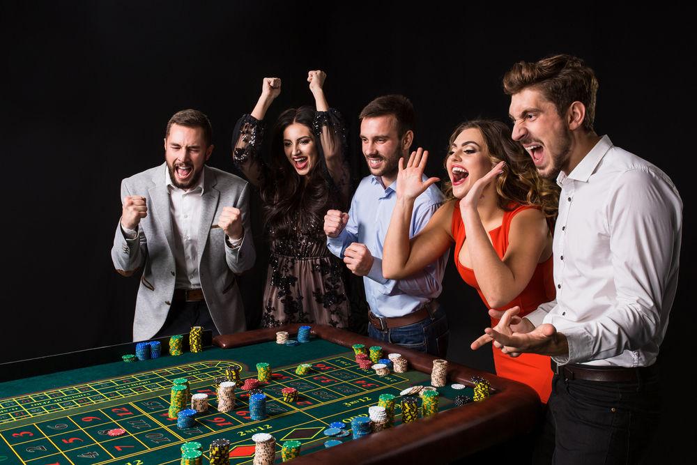 Casino-Player_575180110.jpg.3704a4a1469d39bc4bf8ccab4f806b61.jpg