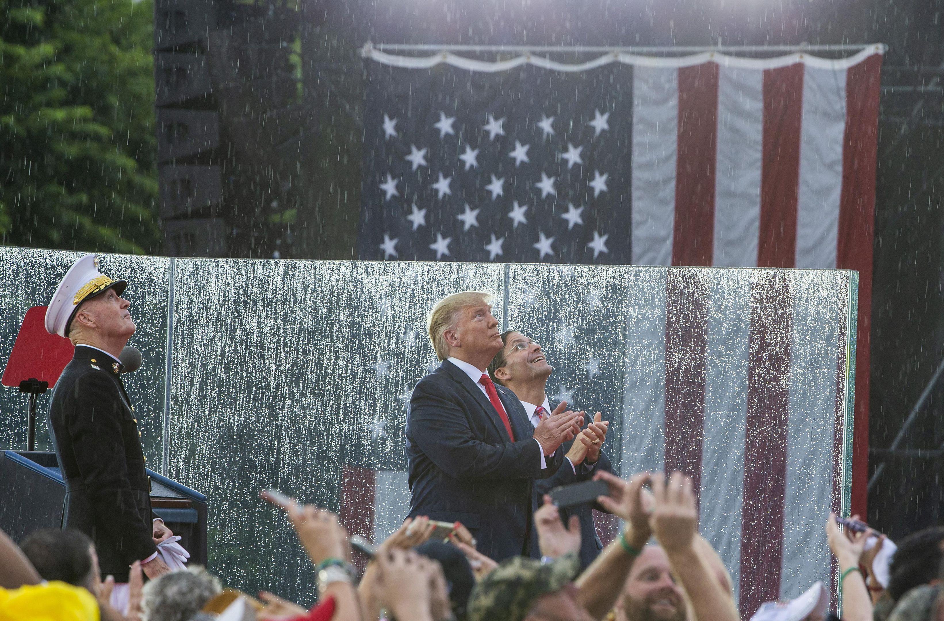 Trump_background.thumb.jpeg.da53c42d6d0400433a7c9496d00796ee.jpeg