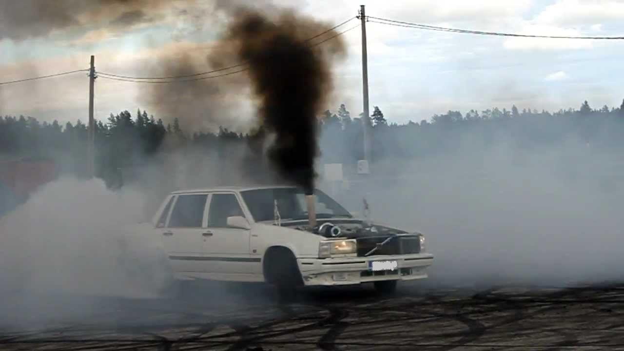 rollin-coal-turbo-diesel-volvo-7.jpg